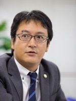花井 淳弁護士
