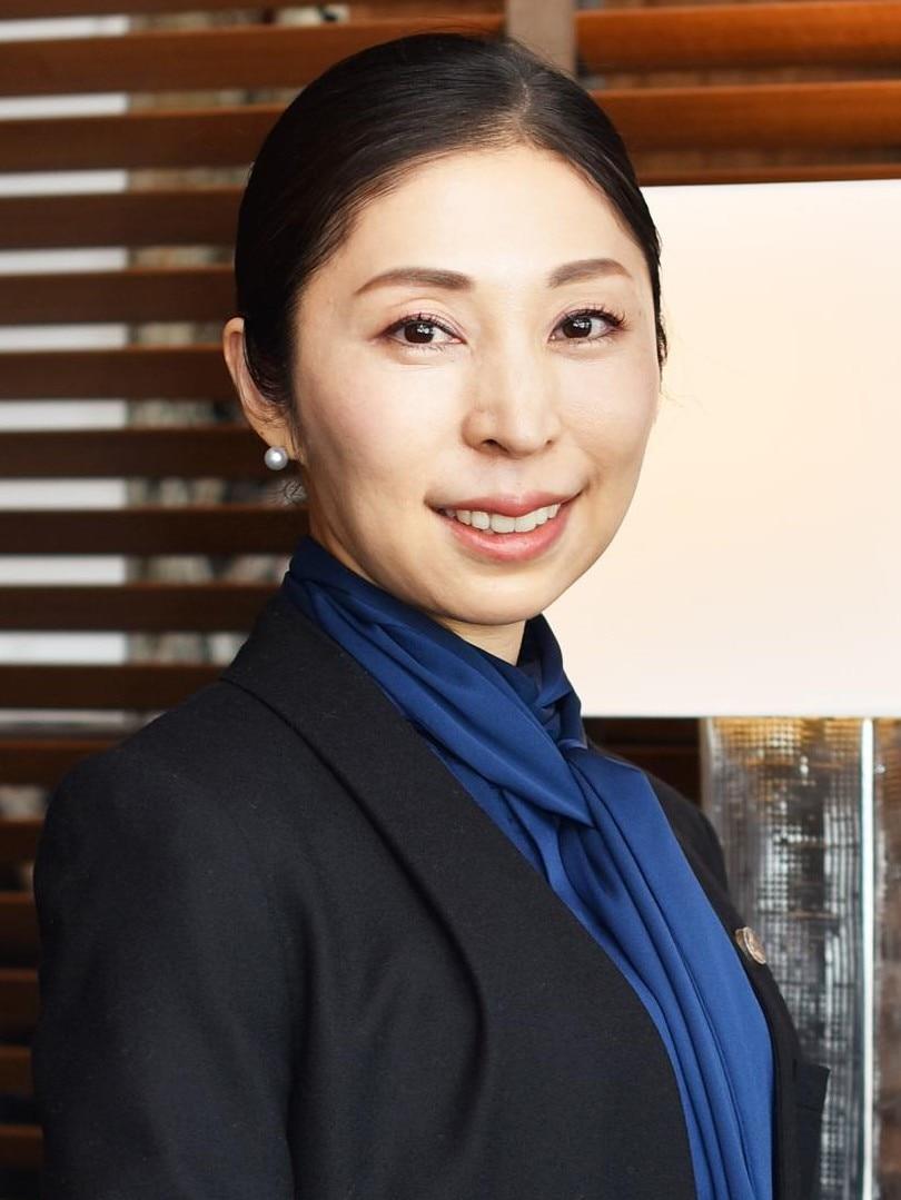 中川 彩子