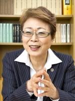 中村 真喜子弁護士