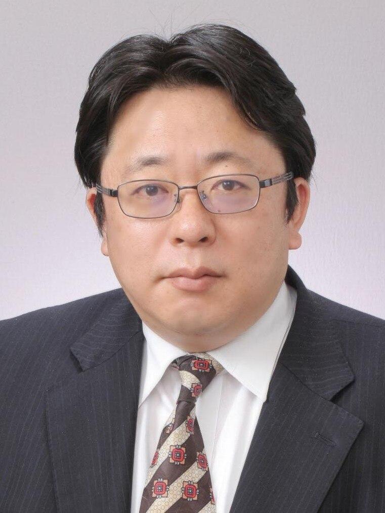鶴 義勝弁護士