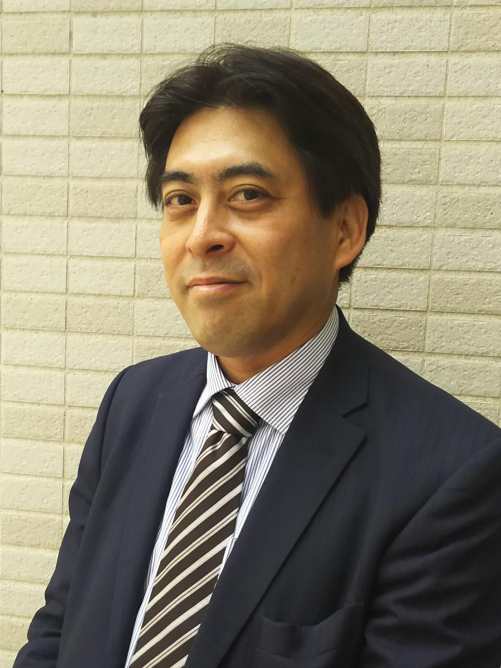 山崎 智義