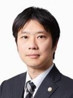 谷崎 翔弁護士
