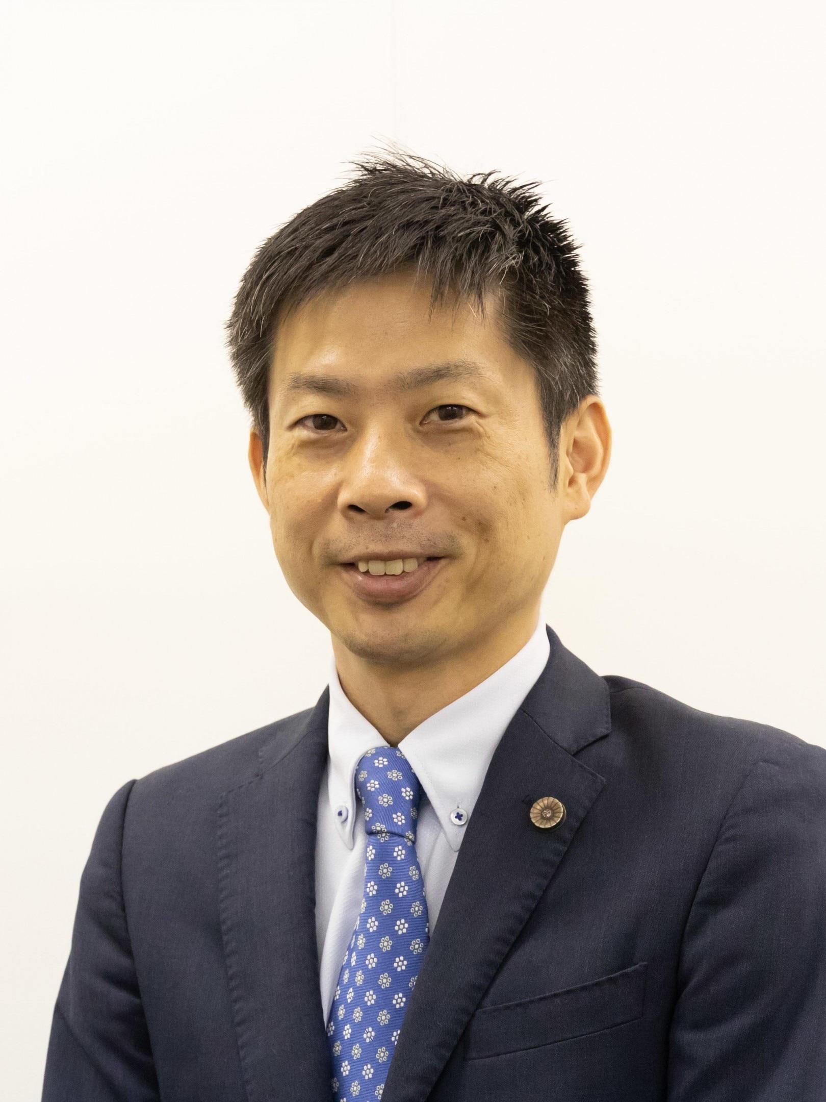 野﨑 元晴弁護士