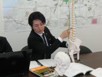 江幡 賢弁護士