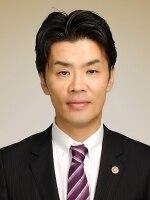 青野 悠弁護士