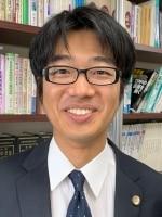 片山 直弥弁護士