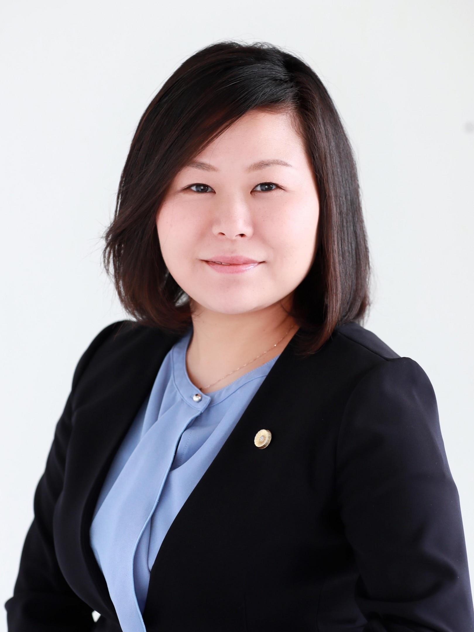 高橋 淑弁護士
