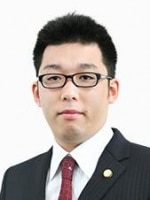 髙橋 優弁護士