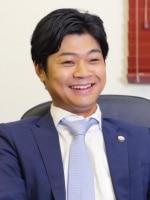佐藤 塁弁護士