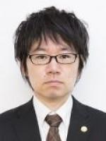 渡辺 康年弁護士
