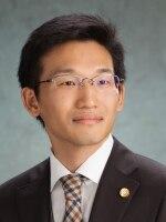 藤本 隆英弁護士