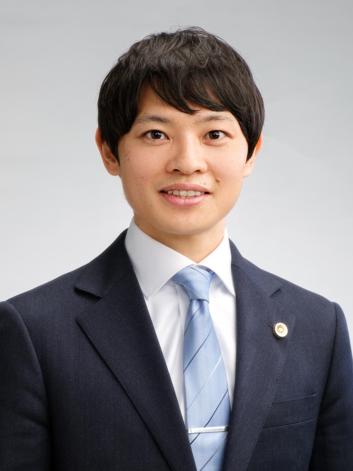 内堀 逸郎