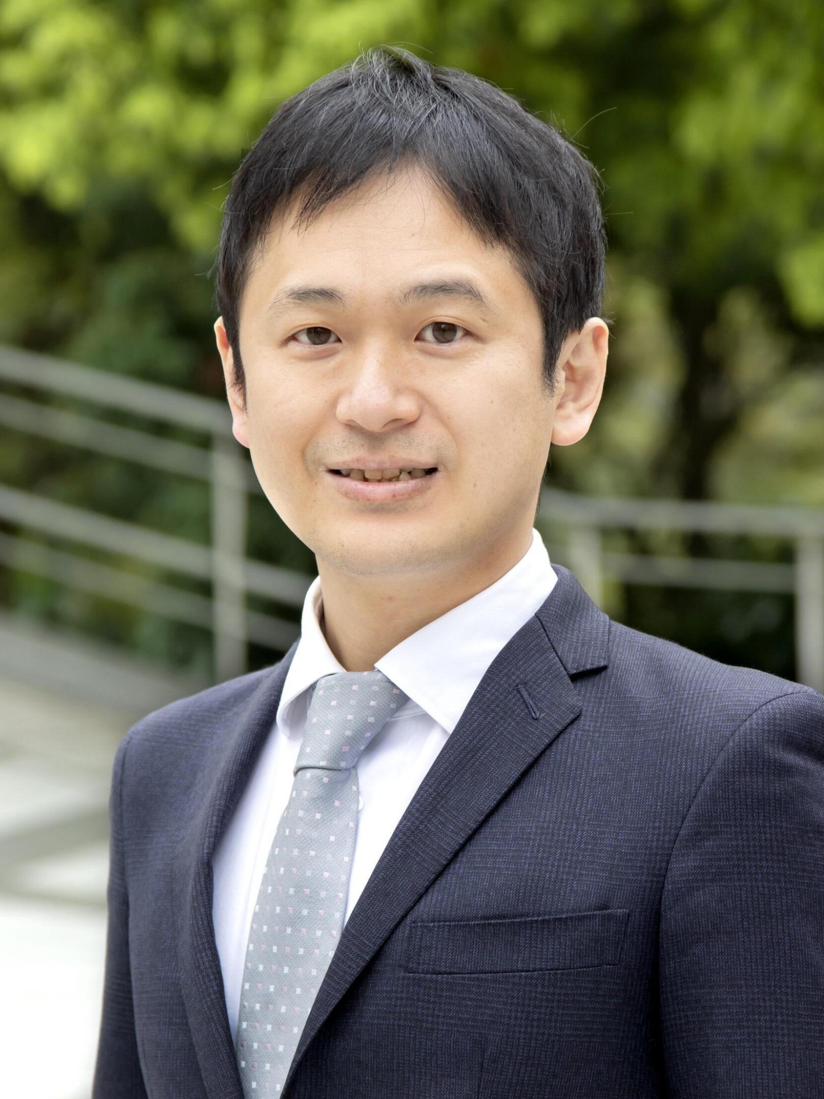 小泉 英之弁護士