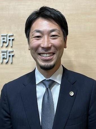 齋藤 遼弁護士