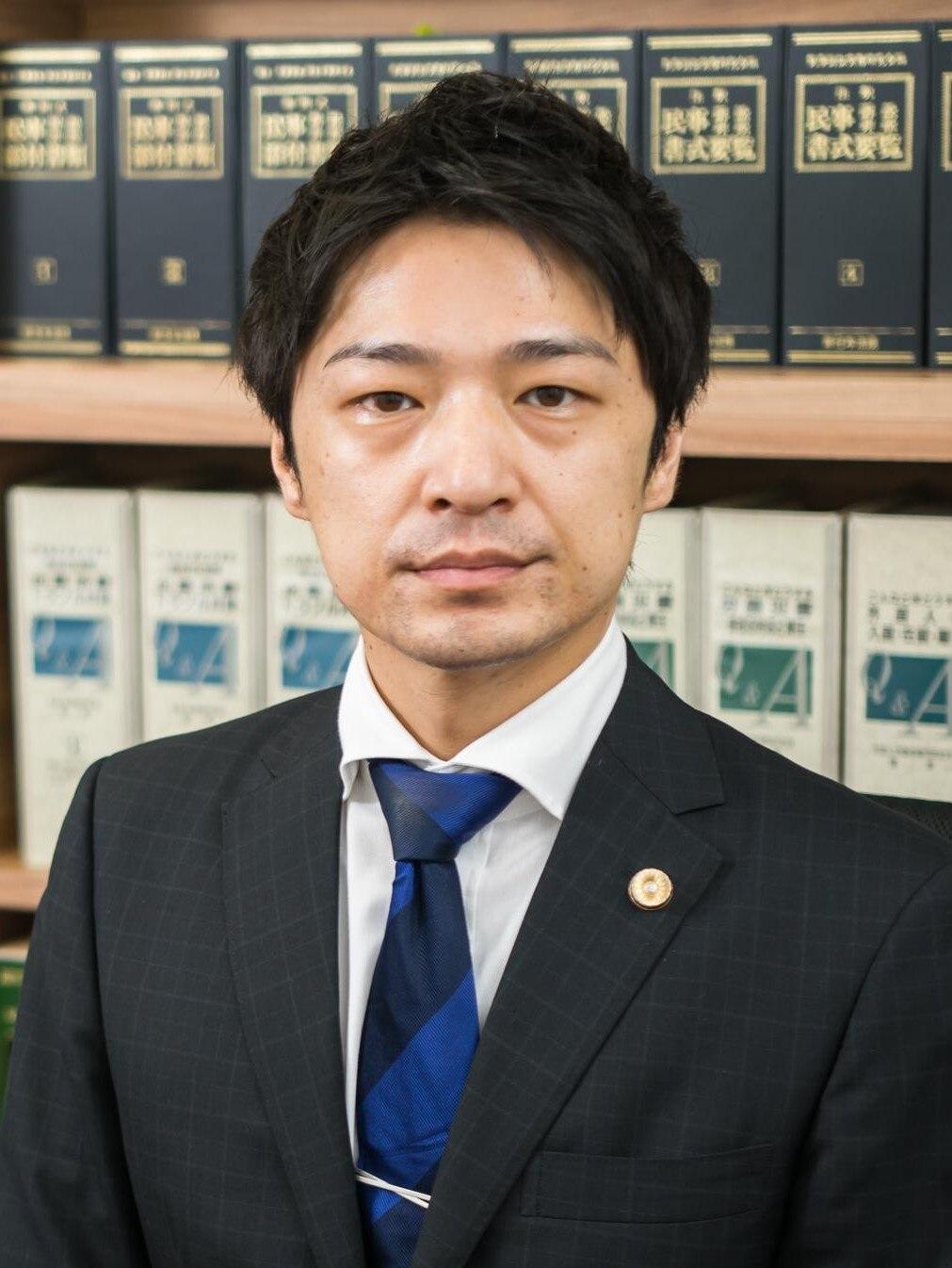 鶴崎 陽三弁護士