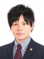 新井 優樹弁護士