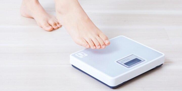 ダイエット中アイドルが「0.4キロ超」で活動休止 事務所の体重管理はOK?