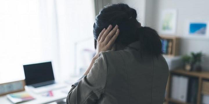 「いじめ」でPTSDになった女性「名前を変えて、過去と決別したい」願いは叶うか?